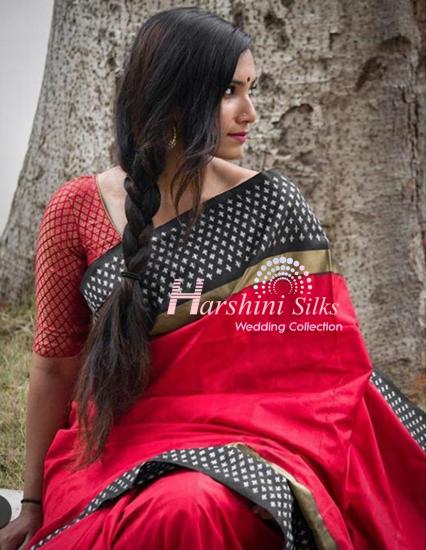 Pure Handloom Ikkat Silk Saree - HSIK88